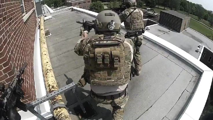 Canadian Special Forces CANSOF. Gotta be the coolest recruiting video ever.
