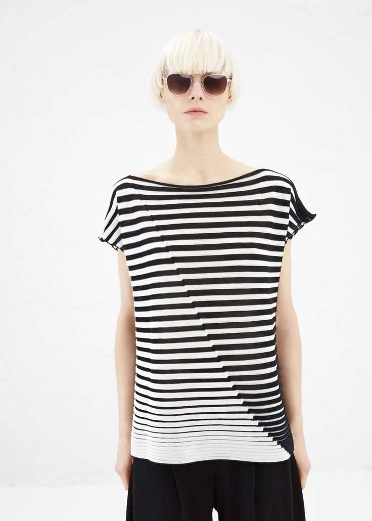 Issey Miyake Striped Boat Neck Sky Knit Top (Black)