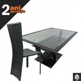 Set masa sticla 4 scaune este un set de masa perfect pentru un living modern. Piesele care formeaza acest set vor atrage cu siguranta toate privirile si aprecierile celor care vor veni in casa dumneavoastra.