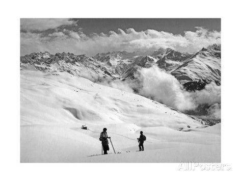 Skier Near Arosa Fotografisk trykk av SZ Photo hos AllPosters.no