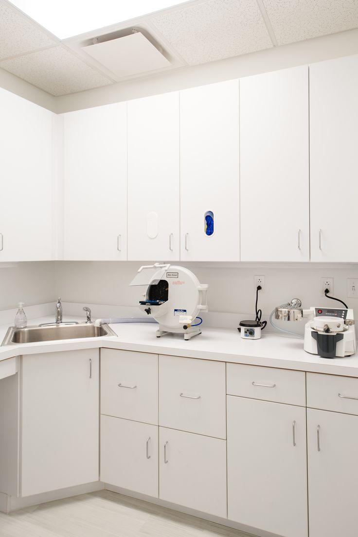 Orthodontic Office Lab                                                                                                                                                                                 Mais