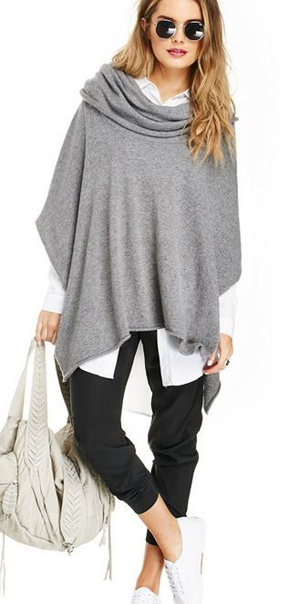 Knitting Pattern For Poncho With Cowl Neck : 25+ best ideas about Cowl Neck on Pinterest Patrones, Costura and Blouse pa...