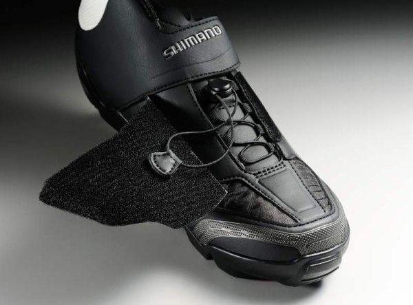 Shimano-SH-M200-enduro-trail-mountain-bike-shoe