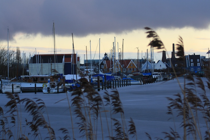 Huizen (NL).. great to walk over a frozen lake.