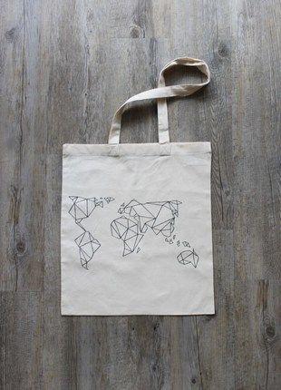 Kaufe meinen Artikel bei #Kleiderkreisel #injutewetrust http://www.kleiderkreisel.de/damentaschen/stoffbeutel/116699894-jutebeutel-weltkarte-geometrisch