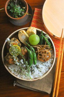穂紫蘇入り揚げ肉団子弁当 | 日本の片隅で作る、とある日のお弁当