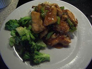 Kylling i østerssauce med dampet broccoli……..