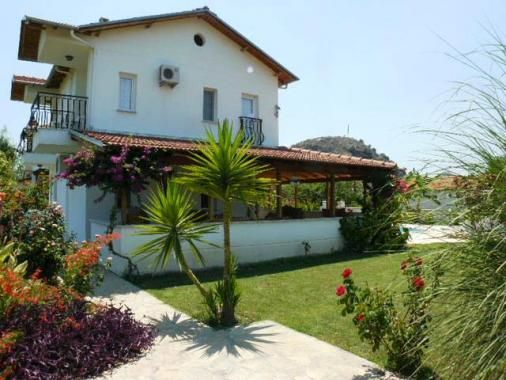 Villa İskocya - beautiful 2 bedroom private villa with pool in the Metinler area of Dalyan. Available for holiday rental.