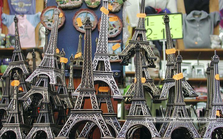 http://www.paris-hotel-yllen-eiffel.com/img/gallery/paris/souvenirs-Paris-Amelie-Dupo.jpg