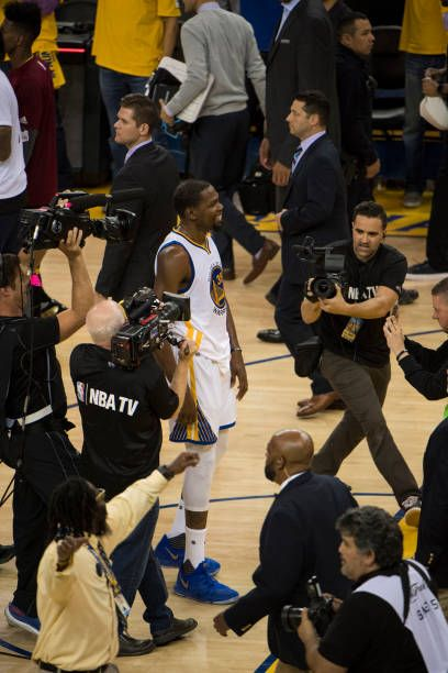 NBA Finals Golden State Warriors Kevin Durant victorious after winning series vs Cleveland Cavaliers at Oracle Arena Game 5 Oakland CA CREDIT Greg...