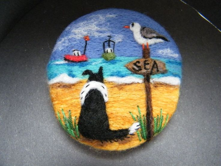 Handmade needle felted brooch 'Gwen, Gilbert Gull and the Seaside Day' by T Dunn