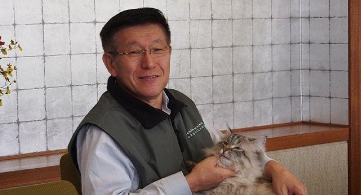 プーチン大統領から猫をもらった秋田県知事、動物愛護施設建設へ