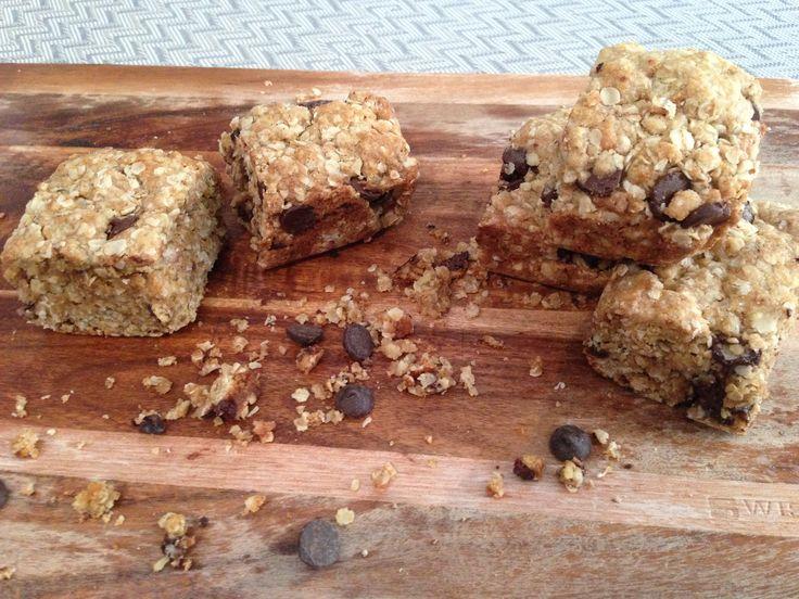 Oatmeal & Dark Chocolate Cookie Bars