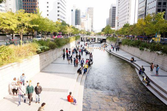 How the Cheonggyecheon River Urban Design Restored the Green Heart of Seoul