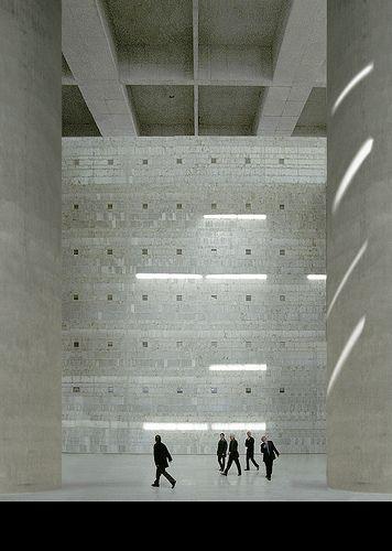 The main lobby inside the Caja Granada by Estudio Campo Baeza. Beautiful emptyness within the heart of the building.