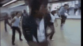 Lo has visto? Este video muestra a Michael Jackson ensayando para el video de Thriller