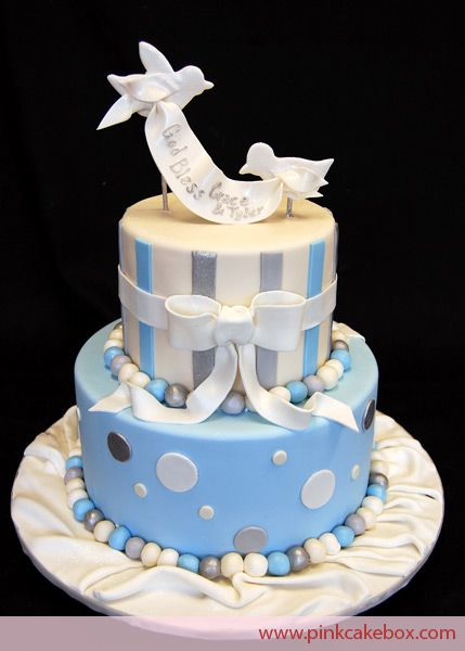 http://blog.pinkcakebox.com/gallery/first-communion-cakes