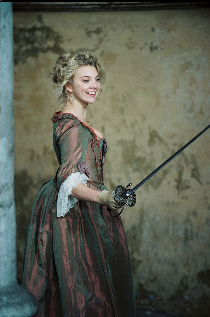 I knew that I Liked her for some reason... Natalie Dormer, who actually fences.