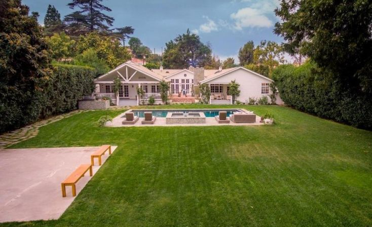 'The Shield,' 'Gotham' Actor Michael Chiklis Puts Breezy Sherman Oaks Home on the Market for $5.2M