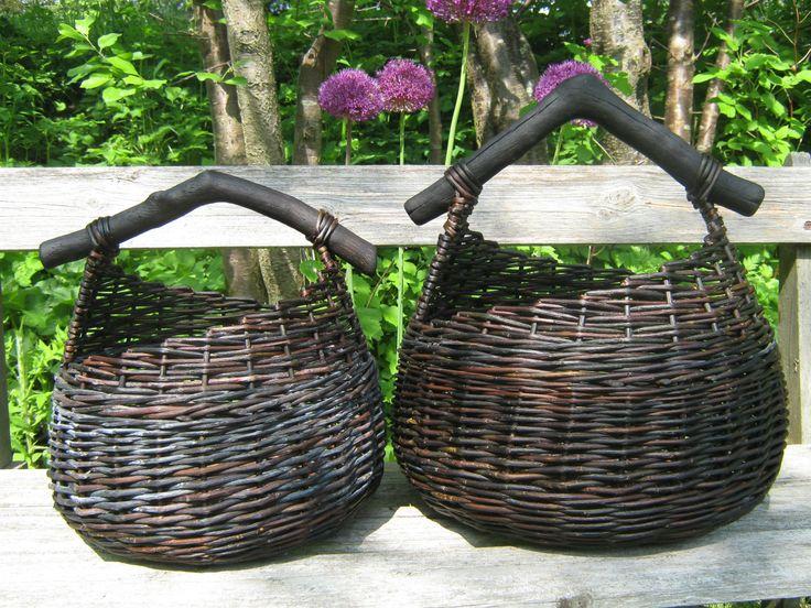 Baskets, black willow