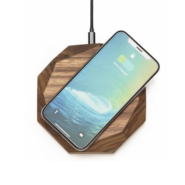 Oakywood Geometric Solid Wood Wireless QI-Enabled Charging Station {Oak}