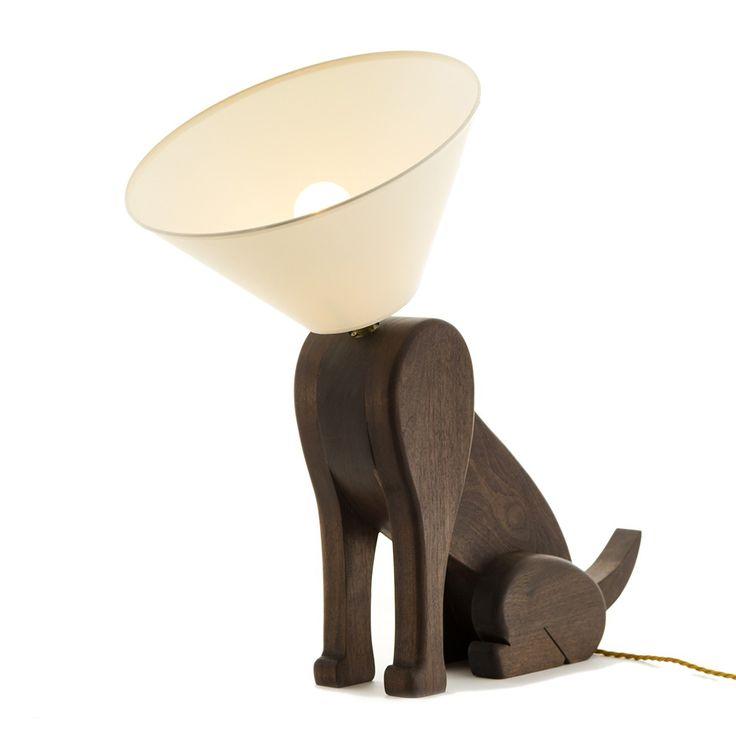 die besten 25 lampe holz hund ideen auf pinterest blaue l f rmige sofas holztisch wei e. Black Bedroom Furniture Sets. Home Design Ideas