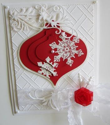 stunning card with piramid technique layering of the ornament a lovely latice embossed base...