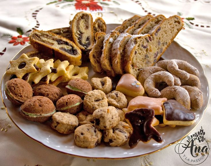 #tbt to this lovely plate of #christmascookies orange-walnut and plum-poppyseed #bejgli, three type crescent; ginger heart; spicy x-mas cookies; almond seed; choco star by Ana y la passion