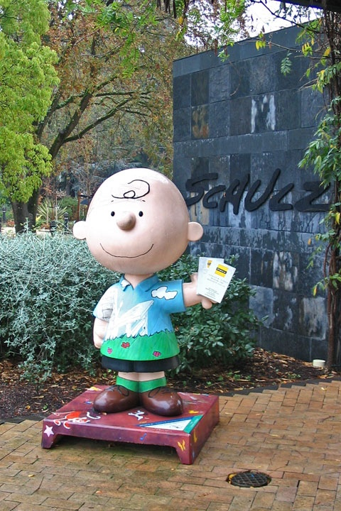 I want to visit the Peanuts Museum in Santa Rosa, California