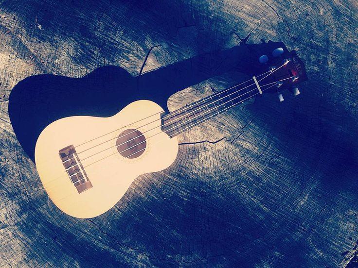 #ukulele #music #strings #capetown #lovethiscity #instagram #instagood #picoftheday #goodweatherforducks