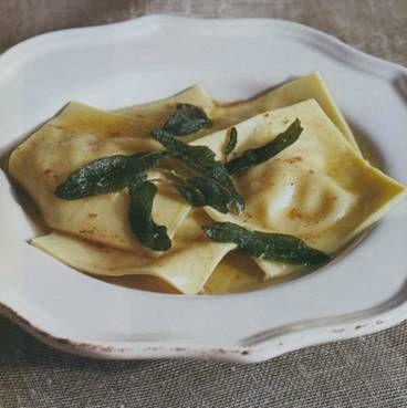 Рецепт равиоли с тыквой, маслом и шалфеем