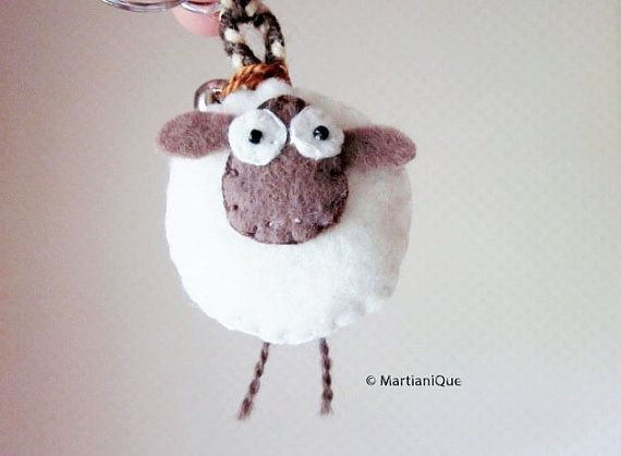 Giorgio le pecore sentivo portachiavi di MartianiQue su Etsy