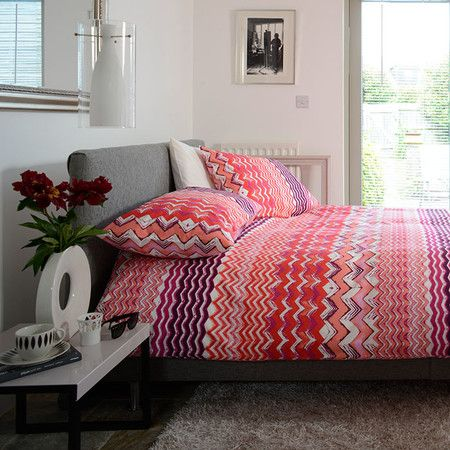 Seville Duvet Set in Red