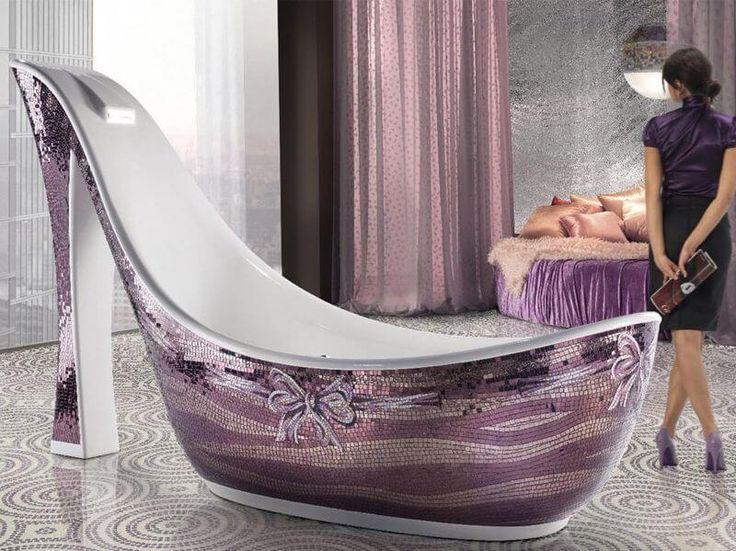 Трудно представить более роскошное дополнение ванной комнаты, чем ванна из камня. Она придаст данной комнате природного шарма. Каменная ванна может стать