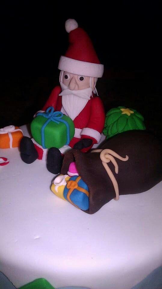 Santa claus gumpast