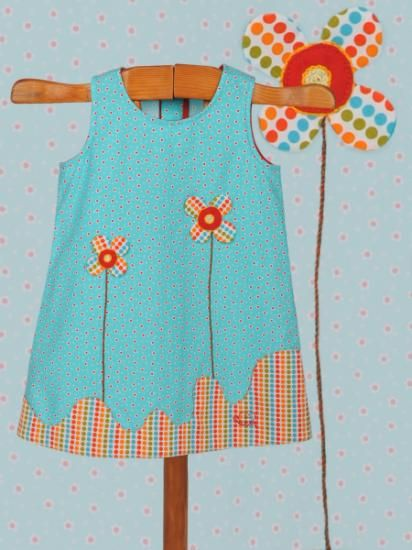 Vestido de verano ilustrado de niña