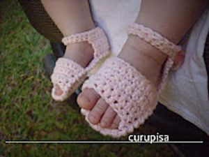 Chancletas - free crochet baby sandals pattern!