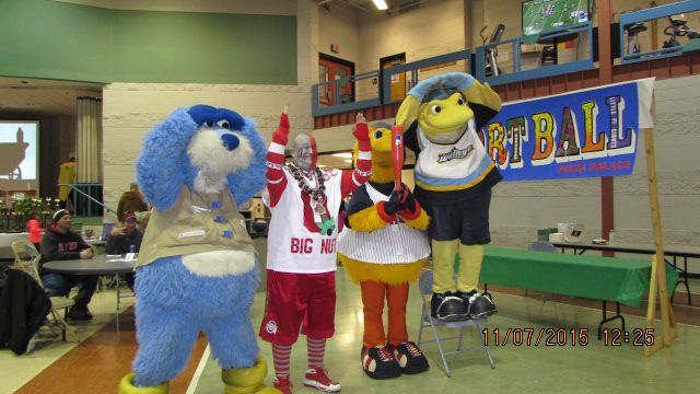 In honor of The Ohio State University winning the OSU/Michigan game last weekend, here's a #tbt to some mascots spelling out Ohio in 2015. O-H!