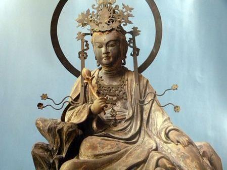 東慶寺水月観音菩薩遊戯坐像:東...