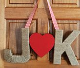 DIY Red And White Wedding...@rhearhea06 Some great ideas! Love the burlap with the red and white!