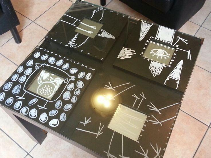 Lack table with decorated Ikea little mirrors under a glass. Tavolino Lack con piccoli specchi decorati sottovetro.