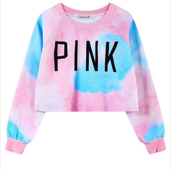 Chicnova Fashion Cropped Sweatshirt in Ombre Print (18 CAD) ❤ liked on Polyvore featuring tops, hoodies, sweatshirts, shirts, print crop top, pink crop top, ombre sweatshirt, ombre top and pink sweatshirts