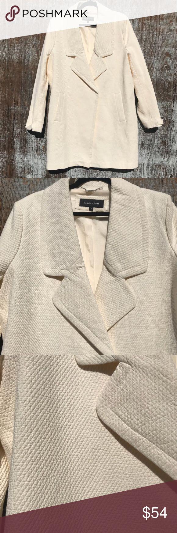 Black Rivet cream jacket XL NWOT Cream Black Rivet women's jacket invisible button closure with pockets Jackets & Coats Pea Coats
