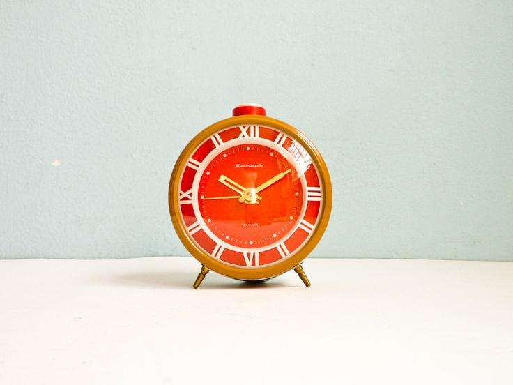 Vintage Mustard Big Mechanical Alarm Clock Red by EuroVintage: Vintage Mustard, Alarm Clocks, Vintage Goodies, Clocks Red, Retro Clocks, Vintage Wardrobe, Va Vintage, Etsy Things, Things Orange