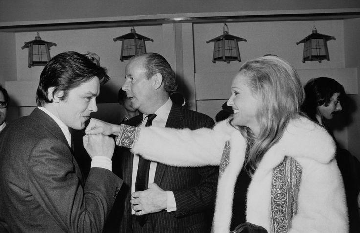 Alain Delon and Ursula Andress, 1974 (1280×831)