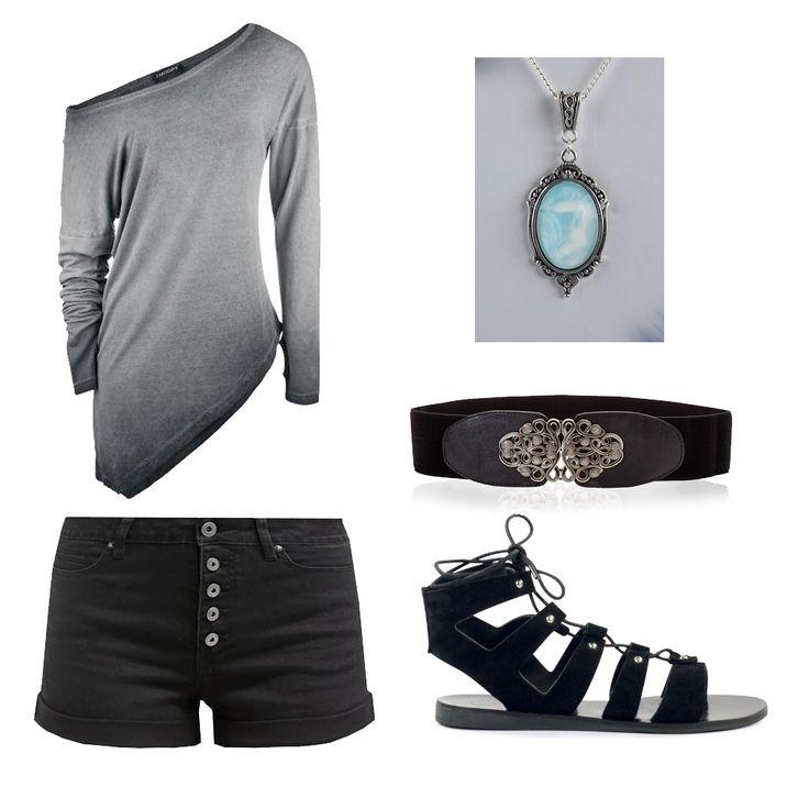 Rock-Alternative-Casual Outfit Inspiration. Top: http://www.large.nl/art_323869/  Shorts: https://www.zalando.nl/even-odd-jeans-shorts-black-ev421sa02-q11.html necklace: https://www.etsy.com/nl/listing/280344692/fantasy-ketting-met-een-pastelblauw-wit?ref=shop_home_active_3&langid_override=0 Belt: http://www.bonprix.nl/product/stretchriem-zwart-974837/ Shoes: https://www.sacha.nl/shop/damesschoenen/sandalen/zwarte-gladiator-sandalen/3x6352/
