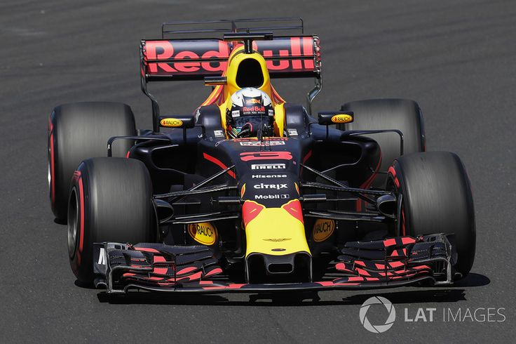6th Grid, Daniel Ricciardo, Red Bull Racing RB13
