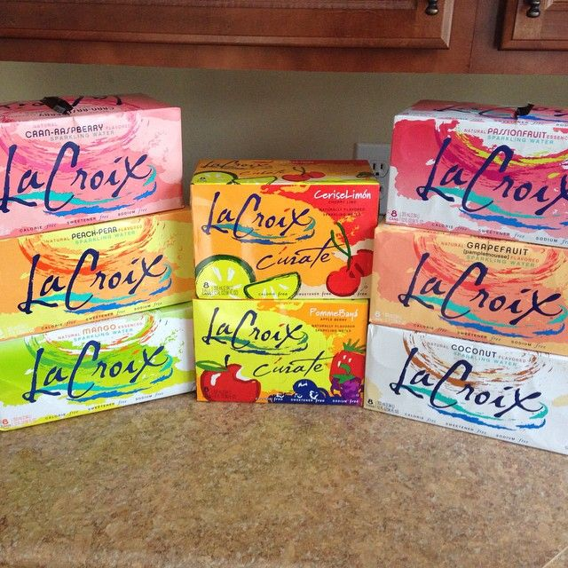 Have you ever tried La Croix sparkling water? No cals, sweeteners, natural flavors. I'm obsessed! My fave flavors? Coconut or peach-pear. Seriously, soooo good!! #cleaneating #healthy #weightloss #loseweight #nutrition #food