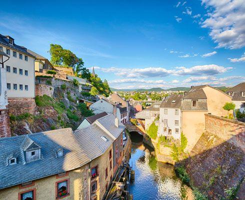 Descopera inca un loc incredibil de frumos de pe mapamond: orasul Saarburg din Germania!