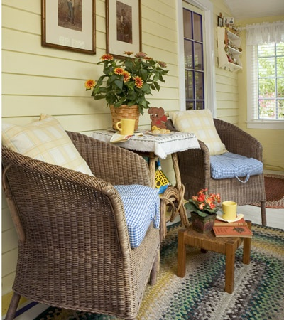 Porch Comfort Now I Want To Find A Nice Cheap Rug With